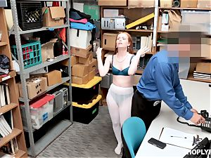 Ella Hughes screwed ball-sac deep by ultra-kinky mall cop