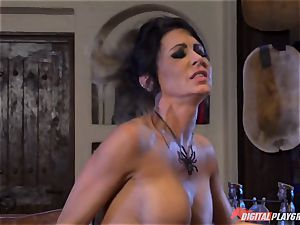 Halloween sensational with luxurious Jessica Jaymes gobbling her prize