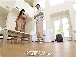 SpyFam Step sis Amia Miley screws step bro