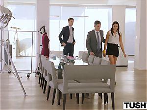 TUSHY secretary Gets DP'd By boss And pal