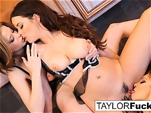 Jayden, Taylor, and Emily have some fun