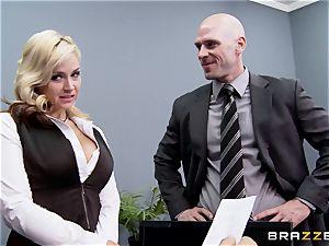 Generous boss drills super-fucking-hot secretary Sarah Vandella
