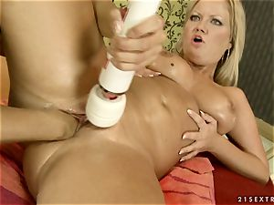 Nikky Thorne massaging the ejaculation of her buddy