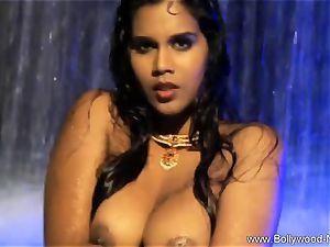dark haired stunner From kinky India