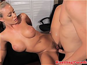 Nicole Aniston seducing scotts dick