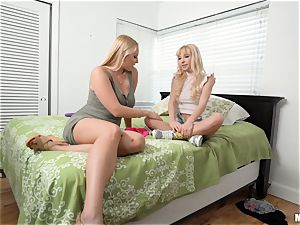 mummy Vanessa cage and nubile Kenzie Reeves slit tear up