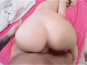 Natalia Starr sneaks in her bf for a prompt plow