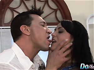 Mahina Zaltana romps in a porn boy for her hubby