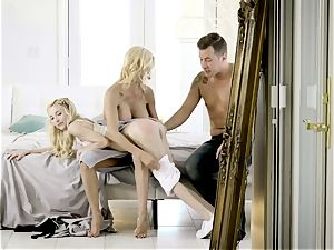 cum longing Alexis Fawx and Piper Perri mud with Jessy