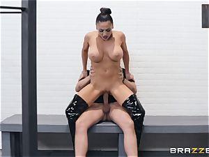 Audrey Bitoni riding on top
