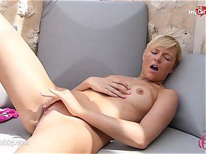 MyDirtyHobby - red-hot blondie draining outdoor!