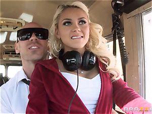 super-naughty hitchhiker Marsha May porking super hot bus driver