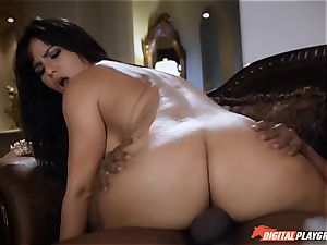 Rose Monroe is pissed off but fixes it with angry fuckfest