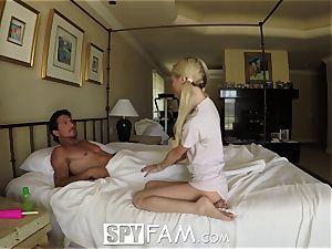 SpyFam Step daughter-in-law Piper Perri penetrate and creampie