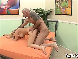 wife Brooklyn Bailey Cuckolds Her hubby