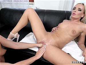 Victoria unspoiled and Vinna Reed in fisting action