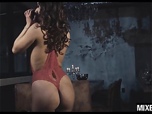 super-steamy Amirah Adara gets her arse opened up by monster fuckpole