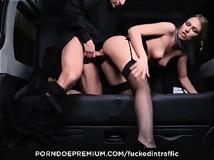 fucked IN TRAFFIC - jaw-dropping cutie plumbed deep in car pound