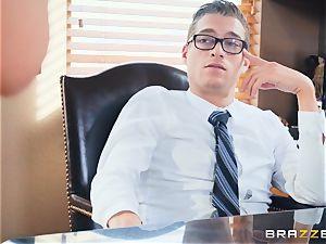 Easing the sex addiction of Yurizan Beltran