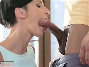 sport apartments ample meatpipe workout for babe after class hookup