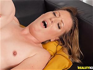 Breanna Bree ultra-kinky and railing on top