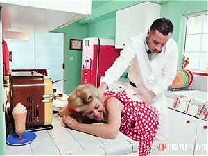 Kayla Kayden masturbating the milkman