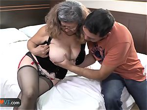 AgedLove obese mature is ravaging on bed