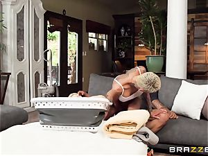 ample caboose Short-haired housemaid Bella Bellz entices her married sir