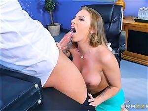 Juelz Ventura blowing on Jessy Jones