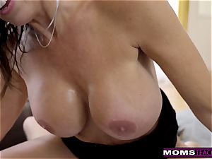 MomsTeachSex Step mom And son-in-law spunk Together