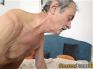 nubile slut gets spunked