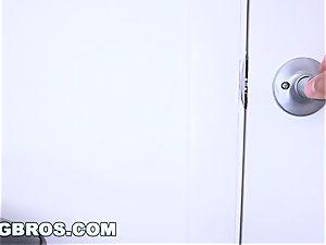 BANGBROS - fabulous Latina Chloe Amour Gets a fine Dicking
