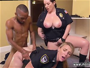 blond unexperienced douche hump and vagina ass slurping black masculine squatting in home gets our milf