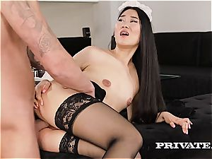 asian maid enjoys to inhale the enjoy fluid from the hard-on