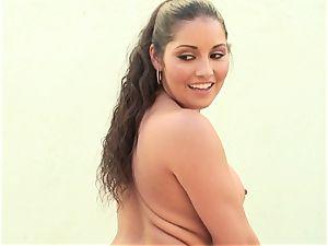 ass-fuck insertion for Emma Cummings' blazing bung