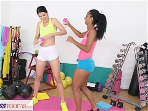 fitness apartments drenching all girl coochie gets boinked